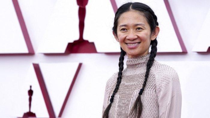 PROFIL Chloe Zhao, Sutradara Nomadland yang Berhasil Menang Oscar 2021