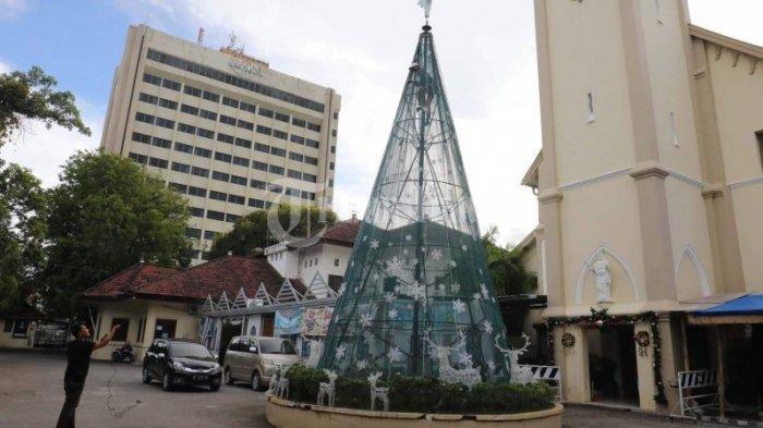 BREAKING NEWS: Ledakan Bom di Gereja Katredal Makassar, Masyarakat Sekitar Panik