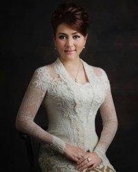 Michaela Elsiana Paruntu, Rawat Kecantikan dengan Cuci Muka