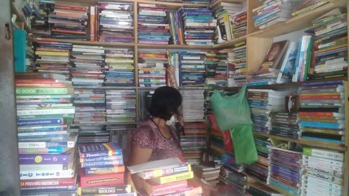 Bursa Buku Bekas Medan, dari Titi Gantung Hingga Kembali ke Sisi Timur Lapangan Merdeka