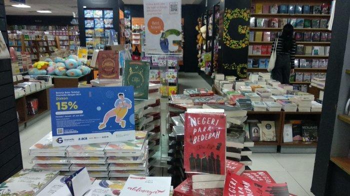 Lima Novel Best Seller di Gramedia Gajah Mada, Cocok Temani Waktu Luang Saat Di Rumah