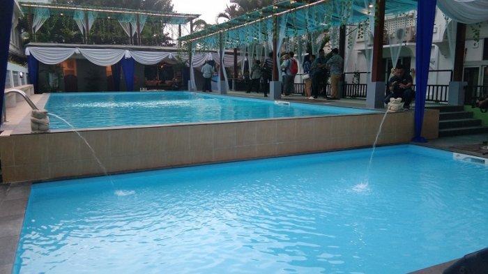 Kolam Renang Air Asin di Hotel Grand Inna Medan