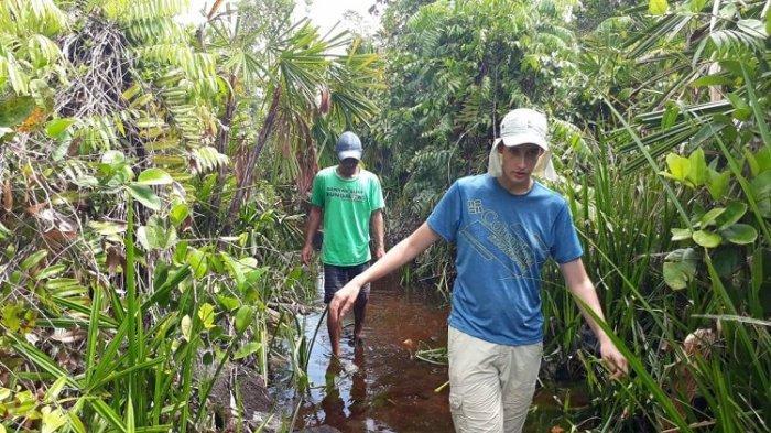 Rawa Singkil Disebut Pesona Wisata Amazon Kedua di Indonesia - kunjungan-wisatawan-asing.jpg