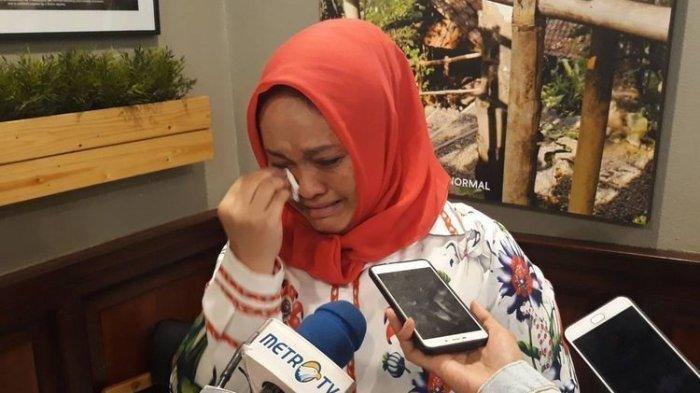 Terpilih tapi Dipecat H-1 Jelang Pelantikan DPRD Sulsel, Kader Partai Gerindra Ini Menangis