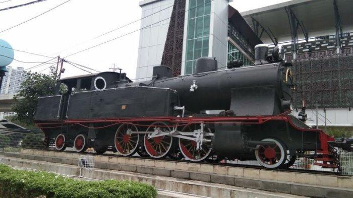 Monumen Lokomotif Deli Spoorweg Maatschappij (DSM) 38 - monumen-lokomotif-dsm-38.jpg