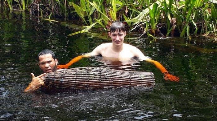 Rawa Singkil Disebut Pesona Wisata Amazon Kedua di Indonesia - wisatawan-asing.jpg