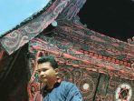 Rumah-adat-Batak-di-Istana-Raja-Sisingamangaraja-XII-di-Bakkara.jpg