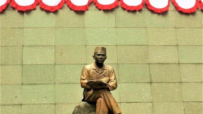 Di Penjara Banceuy terdapat patung Ir. Soekarno
