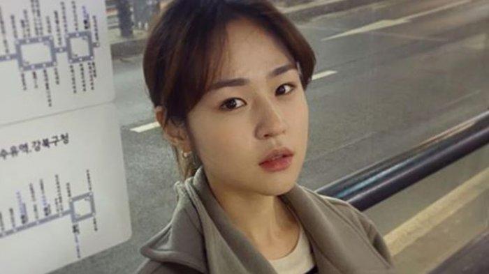 2-Shim-Eun-Woo.jpg