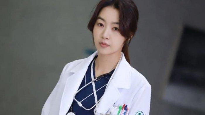 Bae-Jung-Hwa.jpg