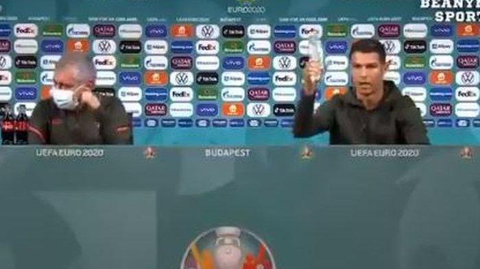 Cristiano-Ronaldo-menggeser-botol-coca-cola.jpg