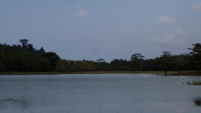 Danau-Togo-Motonu.jpg