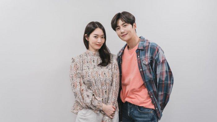 Drama-Korea-Terbaru-Hometown-Cha-Cha-Cha-akan-Ditayangkan-di-Netflix-Nantikan-Tanggal-Rilisnya.jpg