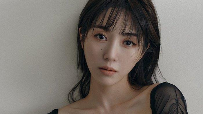 Eks-member-AOA-Kwon-Mina-1.jpg