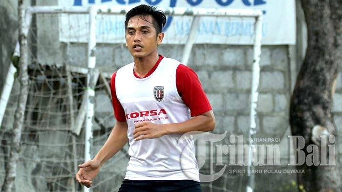 I-Made-Wirahadi-saat-masih-Bali-United.jpg
