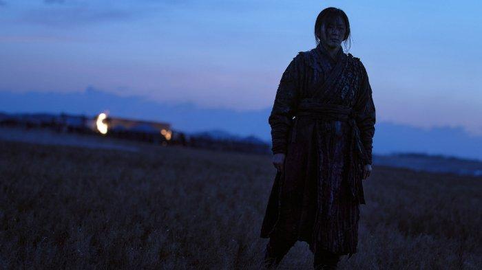 Ashin - Jun Ji Hyun sebagai Ashin di Kingdom: Ashin of the North (Netflix)