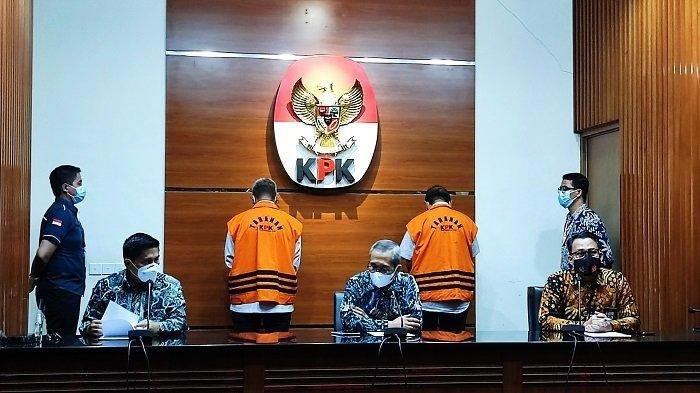 Komisi Pemberantasan Korupsi (KPK) menetapkan Bupati Bintan periode 2016-2017 Apri Sujadi sebagai tersangka kasus dugaan korupsi pengaturan barang kena cukai dalam pengelolaan perdagangan bebas dan pelabuhan bebas (KPBPB) wilayah Kabupaten Bintan 2016-2018.