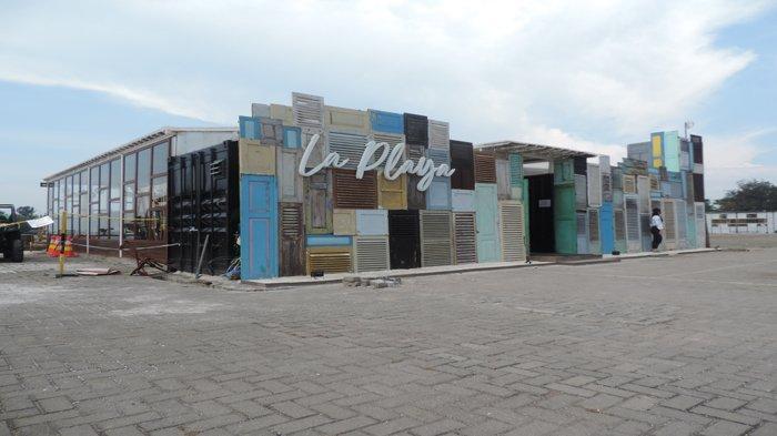 La-Playa-Cafe.jpg