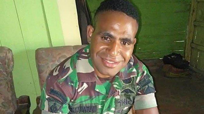 Lucky-Matuan-mantan-Prajurit-TNI-yang-membelot-jadi-anggota-KKB-Papua-2.jpg
