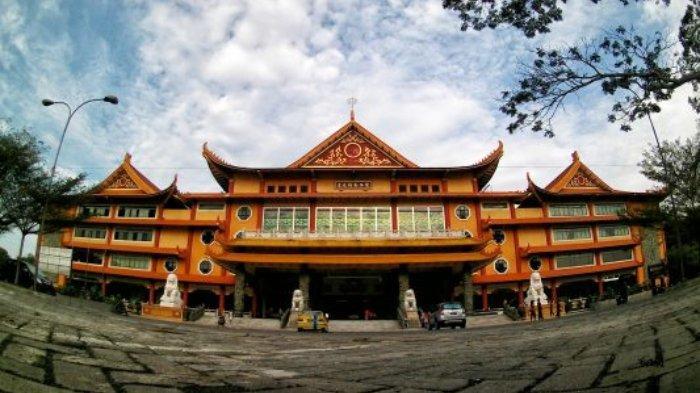 Halaman Maha Vihara Adhi Maitreya