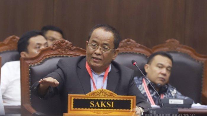 Mantan-Sekretaris-Kementerian-BUMN-2005-2010-Said-Didu-Rabu-1962019.jpg