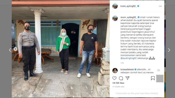 Orangtua Ayu Ting Ting, (Umi Kalsum dan Abdul Rozak) membawa polisi saat mendatangi rumah orangtua terduga pelaku yang menghina cucunya.