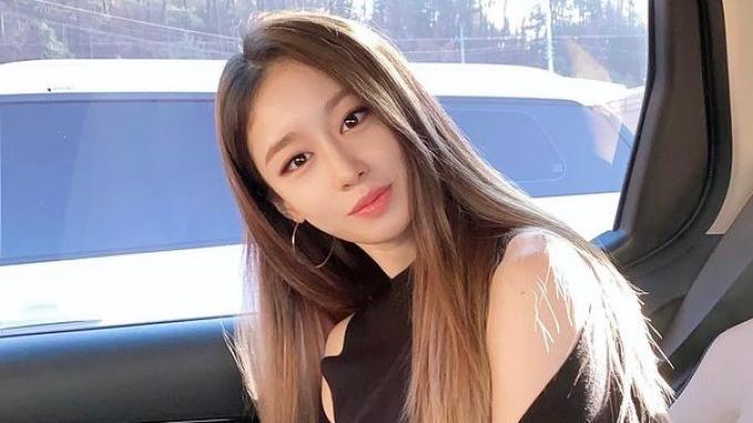 Park-Ji-Yeon.jpg