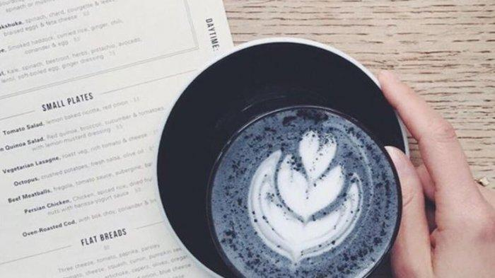 Resep-charcoal-coffee-latte2.jpg