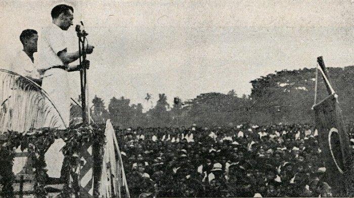 Serikat buruh Belanda Blokzijl berbicara pada kongres SOBSI, 1947.