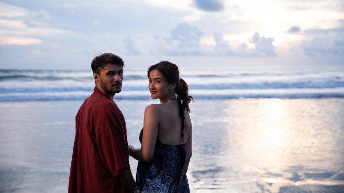 Sinopsis A Perfect Fit, Film Romantis Indonesia yang Mulai Tayang di Netflix Hari Ini