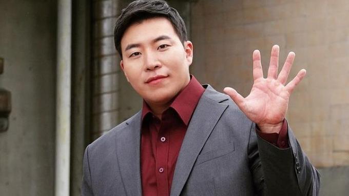 Tae-Won-Suk.jpg