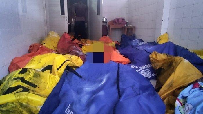 Tumpukan kantong jenazah korban kebakaran Lapas Kelas I Tangerang di RSUD Kabupaten Tangerang, Rabu (8/9/2021).