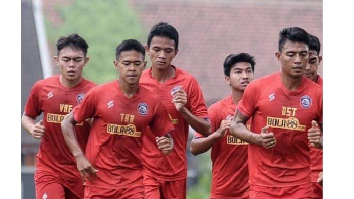 Wiga-Brilian-Syahputra-bersama-Arema-FC.jpg
