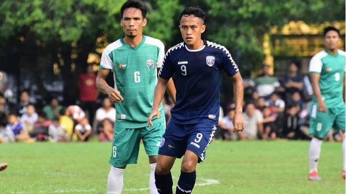 Yudhi-Adytia-Pratama-saat-bermain-untuk-PSPS-Riau.jpg