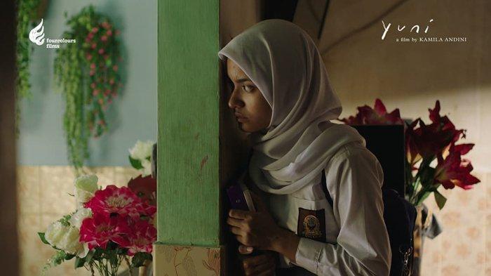 Arawinda Kirana dalam film Yuni (2021)