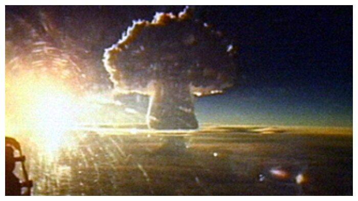 awan-jamur-ledakan-tsar-bomba.jpg