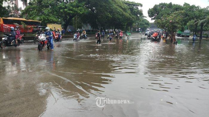 banjir-jakarta-25-februari-2020.jpg