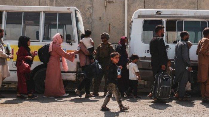 evakuasi-warga-Afghanistan-22-agustus-2021.jpg