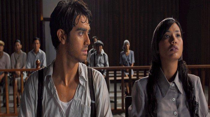 Fachry Albar dan Shanty dalam film 'Kala' (2007)