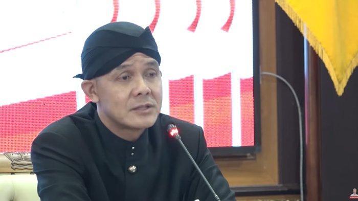 Ganjar Pranowo dalam rapat terbatas Musrenbangnas 2020, Kamis (30/04/2020)