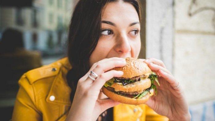 ilustrasi-makan-burger.jpg