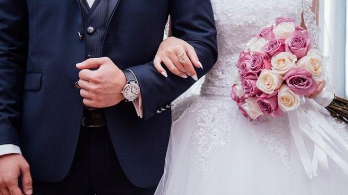 ilustrasi-pernikahan-aa.jpg