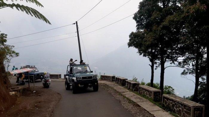 jeep-gunung-telomoyo.jpg
