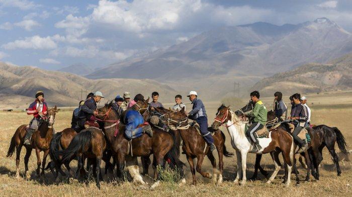 kazakhstan-warga.jpg