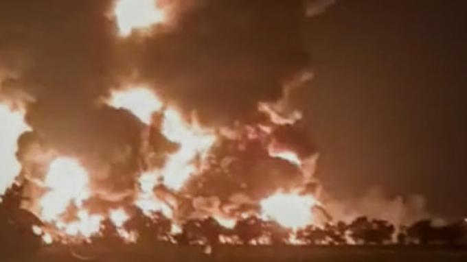 kilang-minyak-terbakar-pertamina.jpg