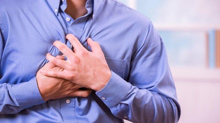 Perlu diwaspadai oleh siapapun tak selamanya nyeri dada dikaitkan dengan penyakit jantung, ada penyakit lain yang diawali dengan nyeri dada