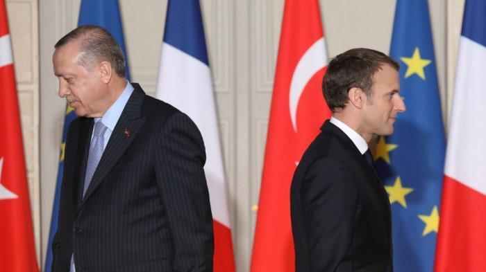 presiden-prancis-emmanuel-macron-kanan-dan-presiden-turki-recep-tayyip-erdogan.jpg