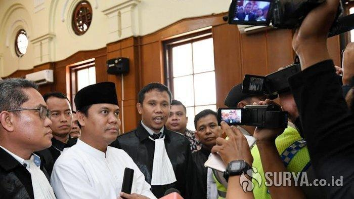 Setelah divonis 1,5 tahun penjara karena kasus ujaran kebencian, Gus Nur ditangkap di rumahnya di Malang, Sabtu (24/10/2020).