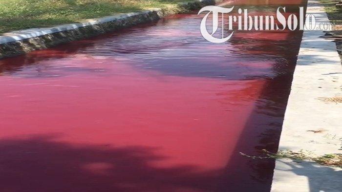 sungai-di-klaten-merah.jpg