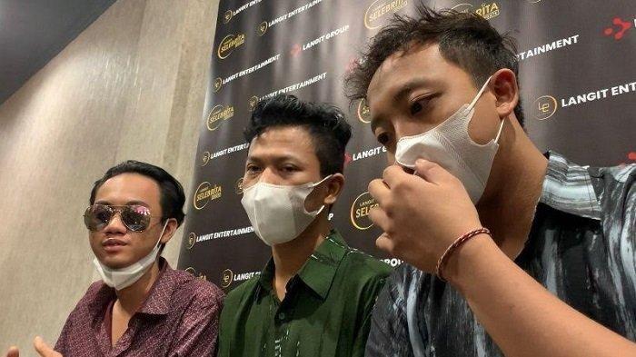 Personel Warkopi saat ditemui di kawasan Ciledug, Tangerang Selatan, Rabu (22/9/2021).